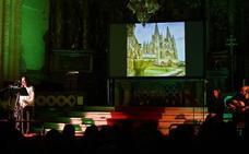 La Catedral de Burgos acoge un recital poético con la actuación musical de Mariano Mangas y Marga Ruiz