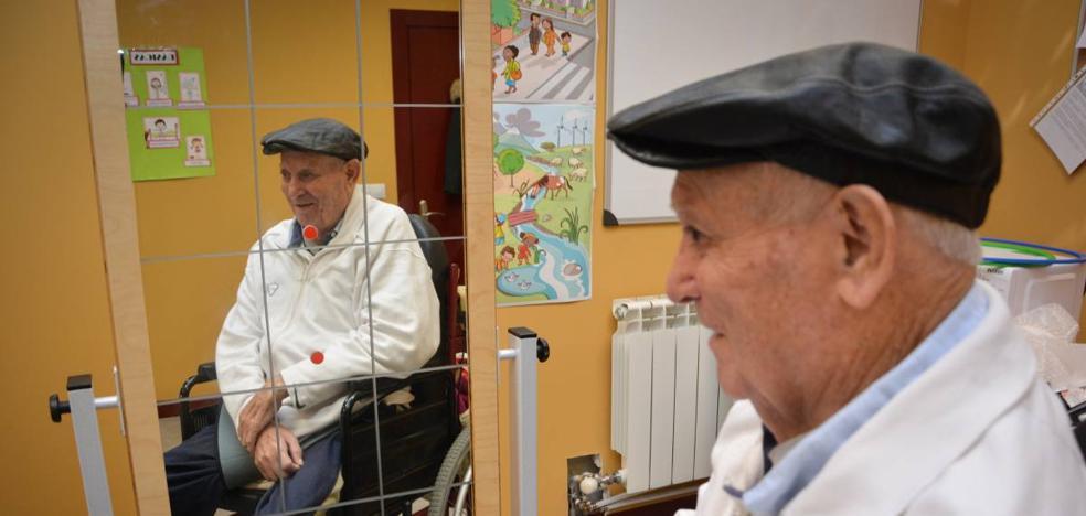 «Ahora mismo hay poquísima atención hospitalaria PAR EL ICTUS»