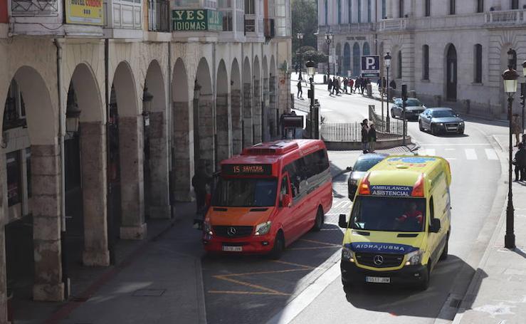 Los coche vuelven a la calle Santander en domingos y festivos