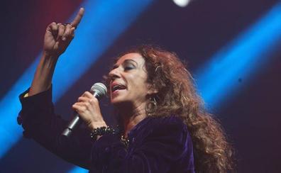 Rosario Flores cumple 55 años