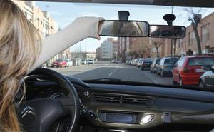 Responde en nuestra encuesta: ¿Crees que debería existir una edad máxima para conducir?