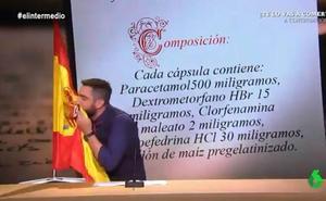 Un sindicato de la Policía denuncia a Dani Mateo por sonarse la nariz con la bandera de España