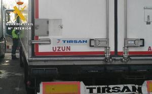 Inmovilizan un transporte de mercancías por exceso de horas de conducción