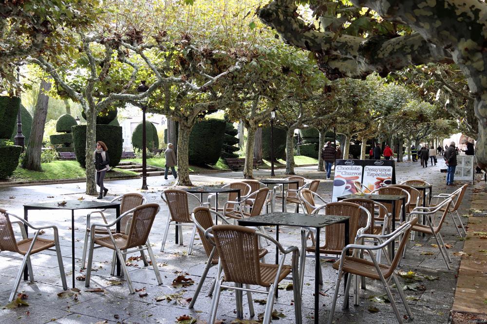 Hostelería alegará contra la Ordenanza de Terrazas, cuya aplicación reducirá un 30% la contratación en verano