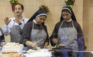 Dos monjas de Castilla y León sorprenden con su cocina en directo en Gastrónoma de Valencia