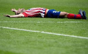 Godín, prácticamente descartado para el choque con el Barça