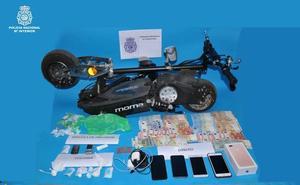 Desarticulada una banda de narcos que utilizaba un patinete eléctrico para distribuir la droga
