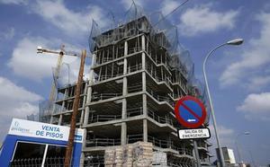 La compraventa de viviendas se dispara en Castilla y León, con Segovia y Valladolid a la cabeza