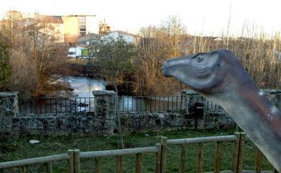 Los dinosaurios de Salas han aportado más de 10 millones de euros a la comarca desde 2001