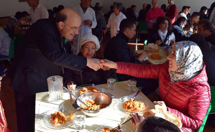 El arzobispo visita a los más desfavorecidos