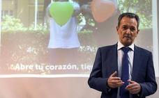 El presidente de la Fundación Huérfanos del Cuerpo Nacional de Policía se acerca a las familias de Burgos