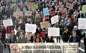 La comarca de Salas de los Infantes se manifiesta contra los «continuos desprecios» de la Junta a la Sanidad rural