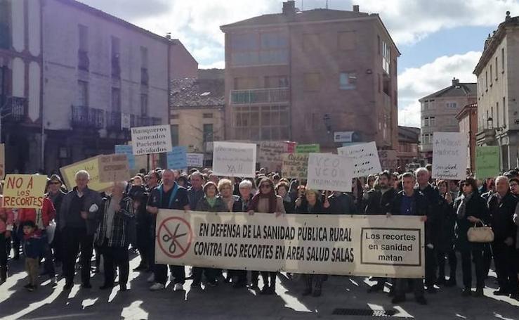 Concentración en Salas de los Infantes contra los recortes de la Junta de Castilla y León en Sanidad rural