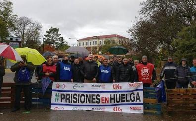 Los funcionarios de prisiones finalizan la huelga a la espera de que el Gobierno mueva ficha