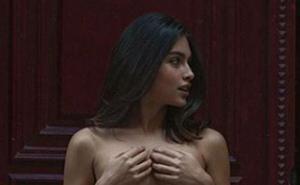 El polémico topless de Lucía Rivera en Instagram