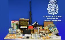 La Policía Nacional detiene en Miranda a una familia por tráfico de drogas