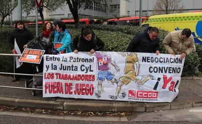 Los trabajadores de Ambulancias Rodrigo denuncian que su situación «va a peor»