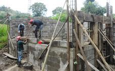 Burgos hace posible la construcción de 25 viviendas en Nicaragua