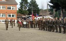 El Ejército homenajea a Santa Bárbara, patrona de los artilleros, en Castrillo del Val