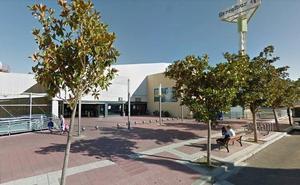 Los bomberos intervienen en un incendio en un McDonald's de Valladolid
