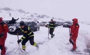 Los afectados por el caos vivido en la AP-6 por la nieve aceptan los 165 euros de indemnización