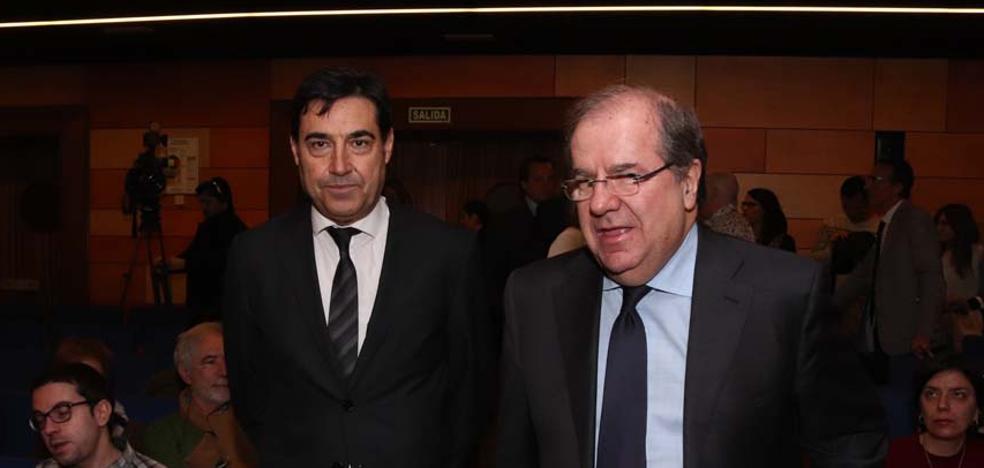 Herrera ensalza la trayectoria de Juan José Laborda, un político que «siempre tiende puentes»
