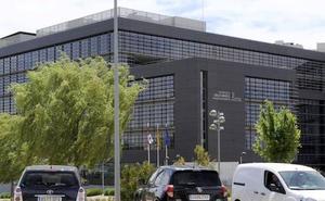 Trabajadores del ICE denuncian presiones a una auxiliar para que se autoinculpe de la pérdida del documento de la Inspección