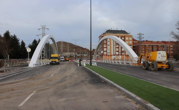El nuevo Puente de la Universidad está preparado para recibir tráfico