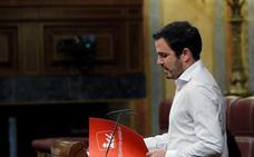 Garzón considera que Llamazares «hace mucho que está políticamente fuera de IU»