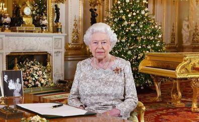 La reina Isabel II pide calma en plena tormenta del 'brexit'