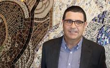 Lezcano critica a la Diputación por la tardanza en resolver la convocatoria para arreglos de los colegios
