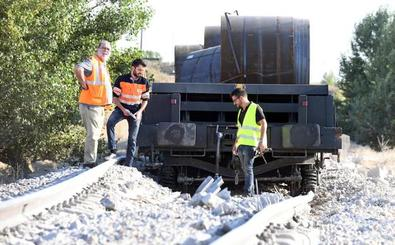 La reapertura del Tren Directo llega a la Fiscalía, con una denuncia contra Adif por «negligencia»