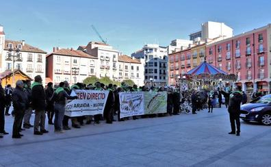 Las plataformas del Tren Directo le piden a los Reyes Magos la reapertura de la vía entre Madrid y Aranda