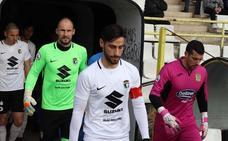 Andrés vuelve a vestir el brazalete de capitán casi diez meses después