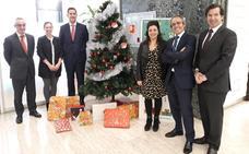 Ibercaja entrega 571 regalos gracias a la solidaridad de sus empleados