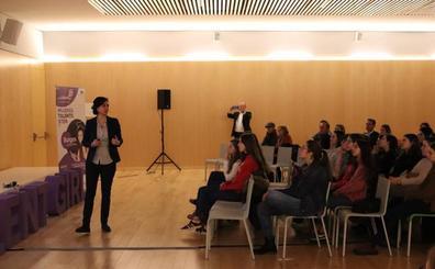 Lorena Gil destaca la importancia de la transformación digital en el día a día