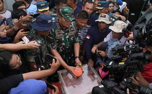 Recuperan la segunda caja negra del vuelo de Lion Air que se estrelló en Indonesia