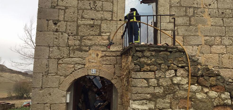 Arraya de Oca aprueba seguir con la recuperación de la iglesia tras un año de estancamiento