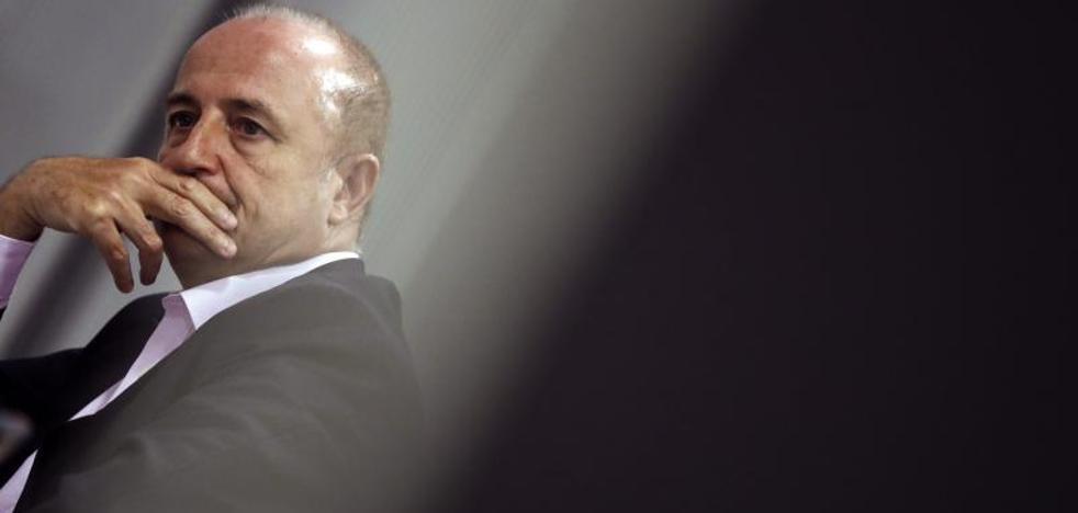 Miguel Sebastián censura «la catadura moral» de la antigua cúpula del BBVA