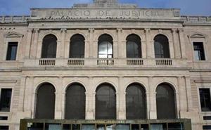 Solicitan penas de dos y tres años de prisión para dos policías locales de Miranda por revelación de secretos