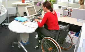 Solo el 24% de los contratos a discapacitados en Burgos en 2018 se firmaron en empresas ordinarias