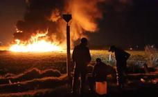 Aumenta a 85 el número de muertos por la explosión de un conducto de combustible en México