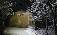 La nieve de la capital se multiplica en la provincia y causa problemas en algunas carreteras