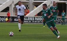 El Burgos CF vuelve a los puestos de descenso tras perder con el Adarve