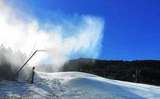 La nevada del fin de semana revitalizará la temporada en la red de estaciones de esquí de Castilla y León