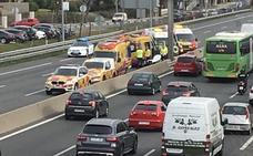 La huelga de los taxistas contra los VTC amenaza con colapsar Madrid y Barcelona