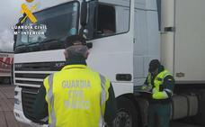 La Guardia Civil denuncia a un conductor en la A-62 por sobrepasar en 14 horas el tiempo permitido