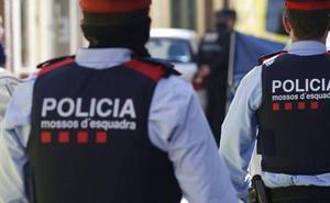 Condenan a un subinspector de lo Mossos que encubrió a un policía que daba chivatazos a narcos
