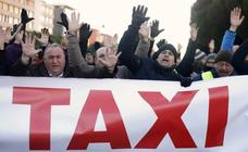 Las imágenes de la huelga de taxistas en Madrid