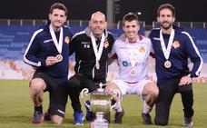 Un profesor y un alumno de la Universidad Isabel I ganan la Copa de Fútbol de Baréin